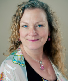 Flora LaRayne - Intuitive Angel Readings & Sound Healing